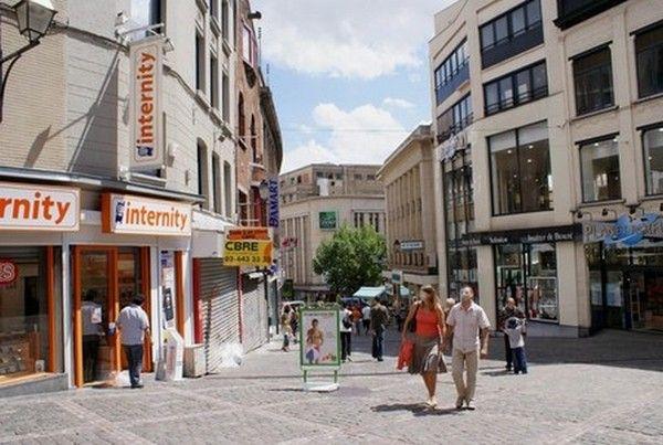 Belgique : Charleroi 64011db6
